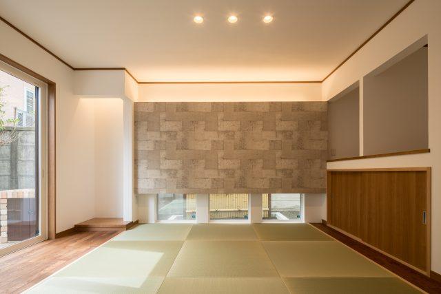 リビングの隣には和室。落ち着ける空間になっています。