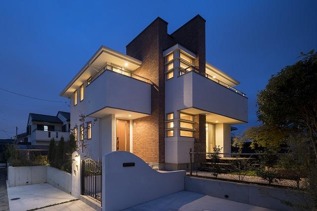 横浜市の照明がすてきなデザイン住宅