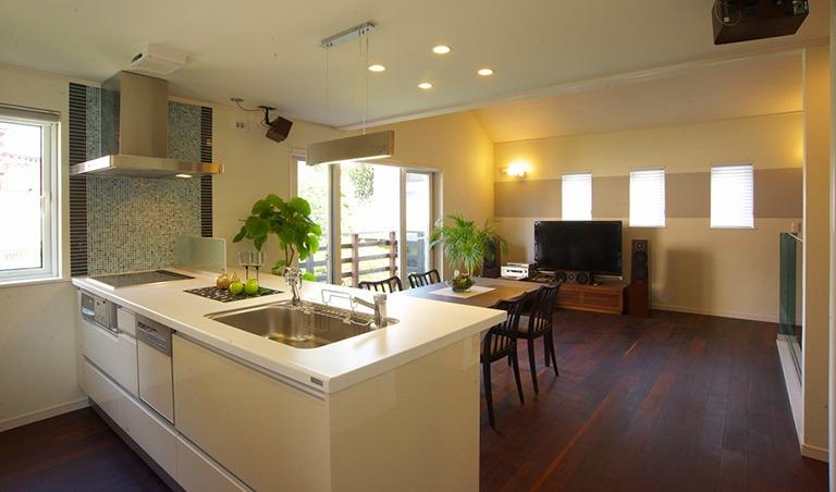 神奈川県横浜市の注文住宅のオープンキッチン