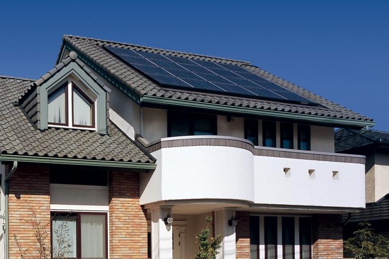 神奈川県横浜市の健康住宅の太陽光発電システム