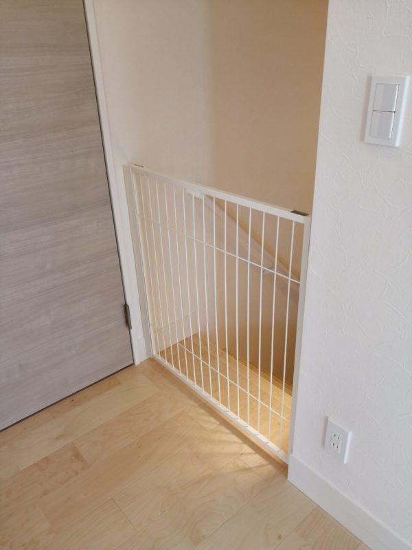 階段前に・・。